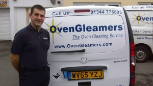 oven cleaning bracknell