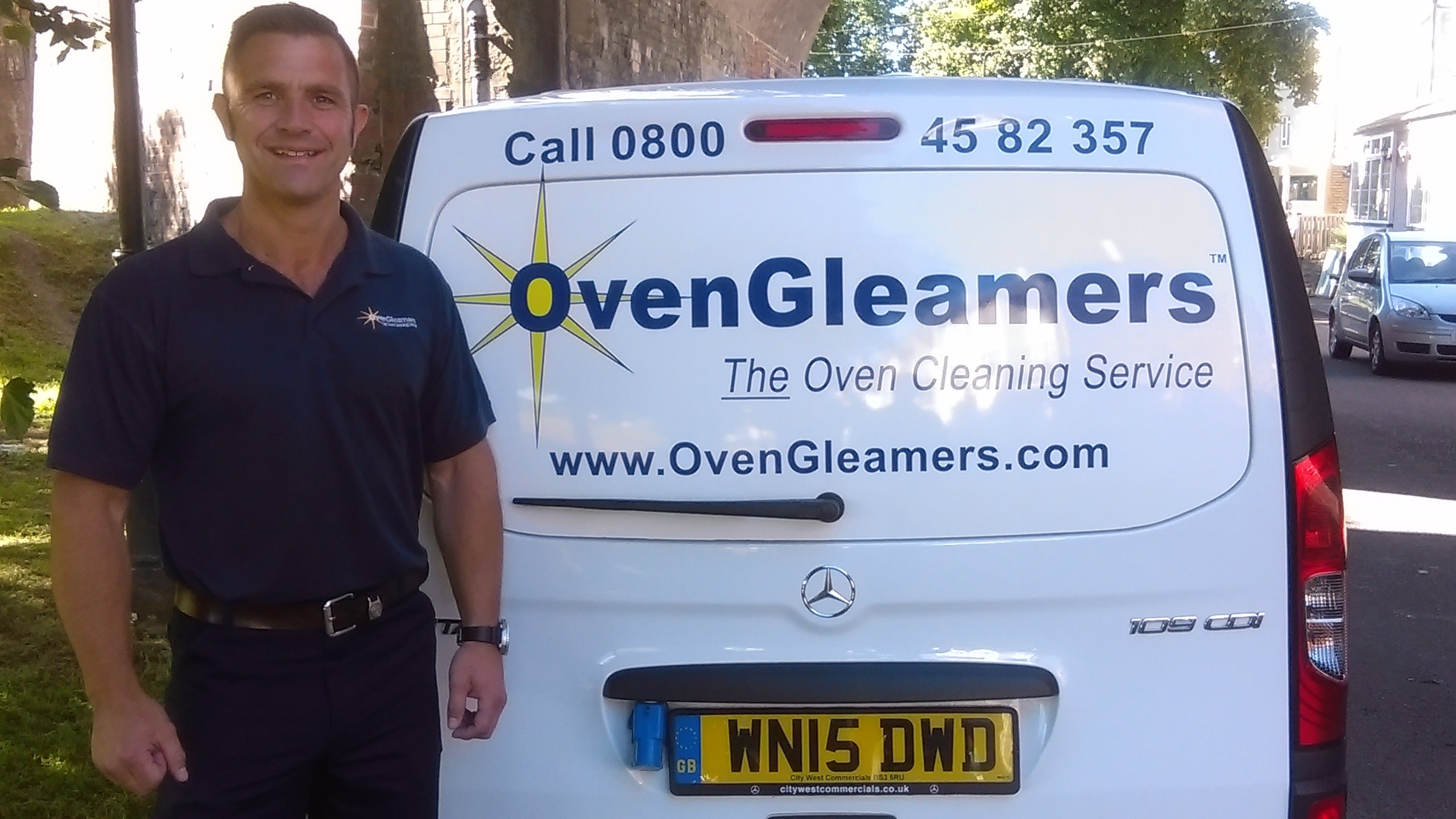 lee cole newton abbot oven cleaning