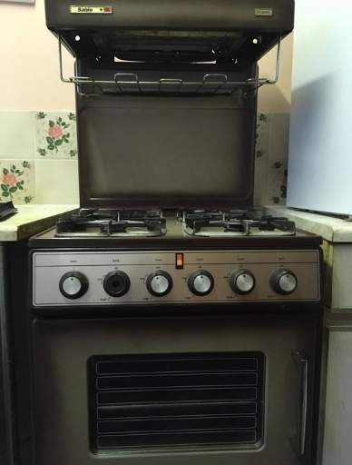freestanding cooker cleaning